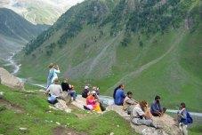 Overlooking the Satlunjan trekking campsite